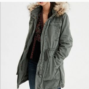American Eagle Outfitters Olive Green Parka